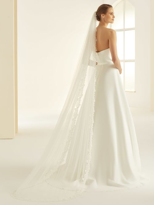 assets/images/a/S338-Bianco-Evento-bridal-veil-%281%29-1a23cf79.jpg